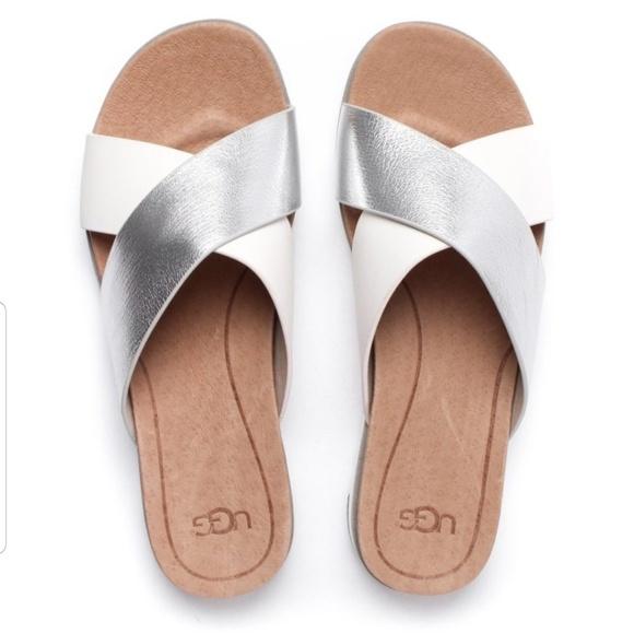 fe5609cffba New KARI leather UGG sandals